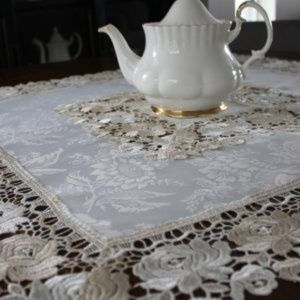 NEW Tablecloth Cream Beige Rose Lace, Square